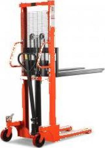 Stivuitor / transpalet Manual 1000/1500KG - H 1600/2500 mm de la Iw Utilaje Srl