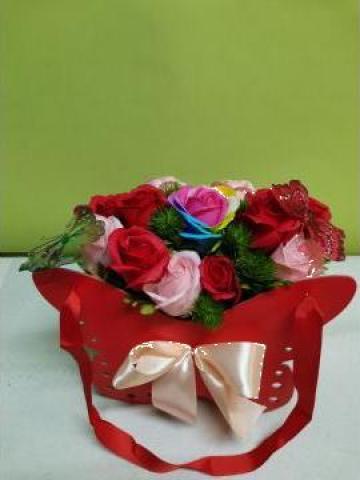 Cadou Cutie fluture - trandafiri de sapun 0090 de la Floraria Stil