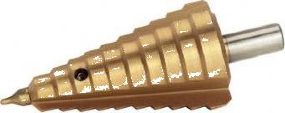 Burghiu in trepte. 2.5-32 mm HSS TIN F232 de la Proma Machinery Srl.