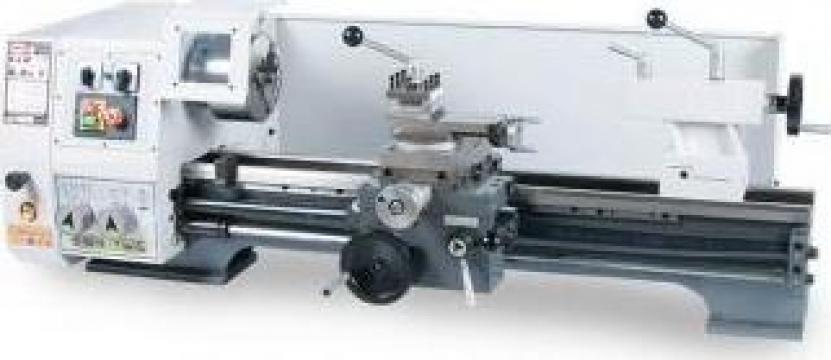 Strung paralel de atelier SPB-700/400 de la Proma Machinery Srl.