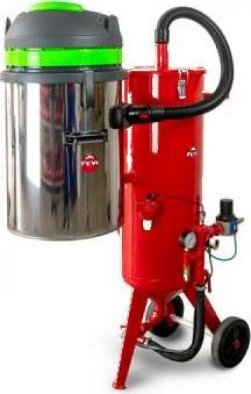 Masina de sablat cu reciclare abraziv Pressure Blaster Max de la Euroconsult Srl