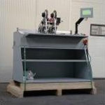 Masina de aplicat banda dublu adeziva de la Kronstadt Papier Technik Sa