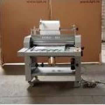 Masina de laminat RM720 de la Kronstadt Papier Technik S.a.