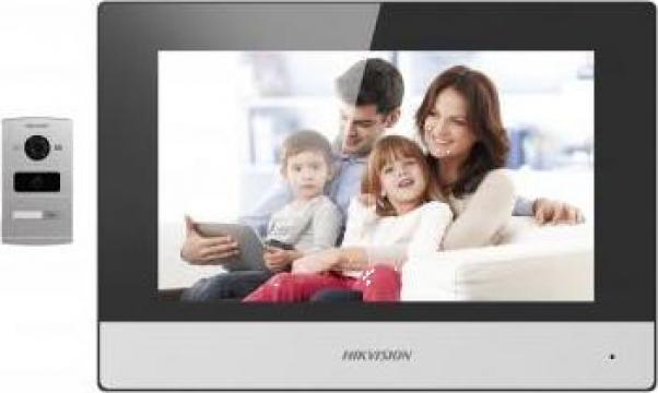 Kit videointerfon pentru vila Hikvision de la Prosystem Srl