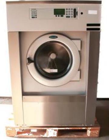 Masina spalat industriala Electrolux de la S.c. Dewal Invest S.r.l.