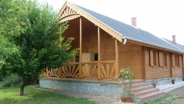 Casa lemn Orient de la Korondi Arcso Srl