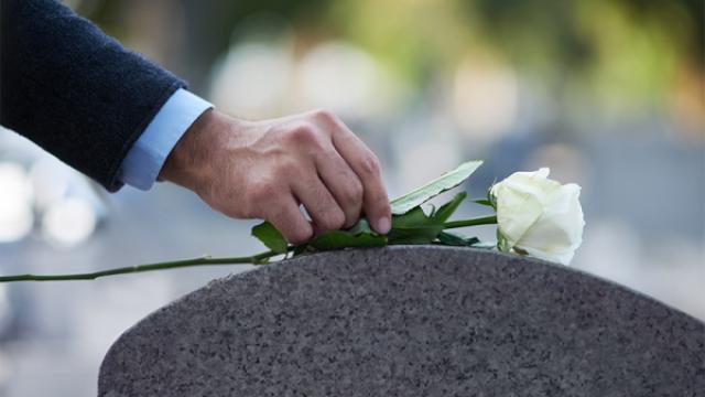 Servicii funerare standard de la Casa Funerara Eva Srl