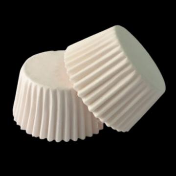 Chese albe mini mascote Ø3,2xh2,4cm 1000 buc/cutie de la Cristian Food Industry Srl.