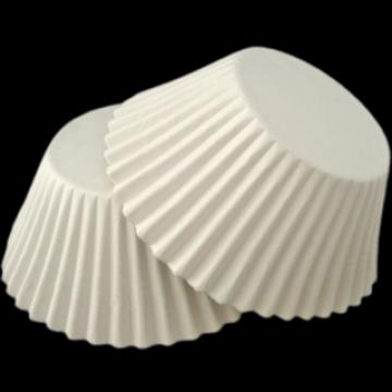 Chese albe mini prajituri 3xh3cm 2100 buc/ set de la Cristian Food Industry Srl.