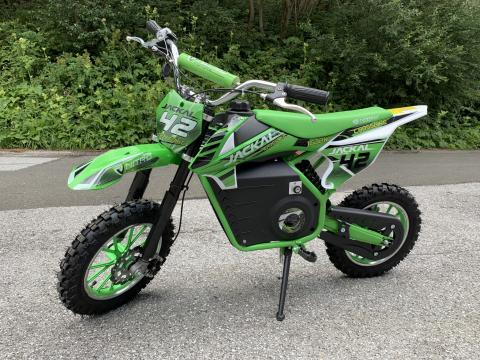 Jucarie motocicleta electrica pentru copii Eco Jackal 1000W de la SSP Kinderauto & Beauty Srl