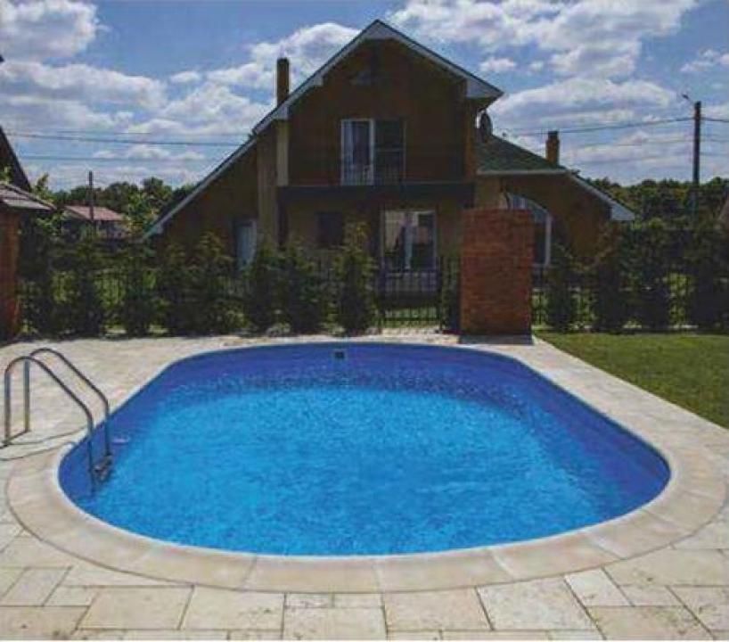 Borduri pentru piscina Roma