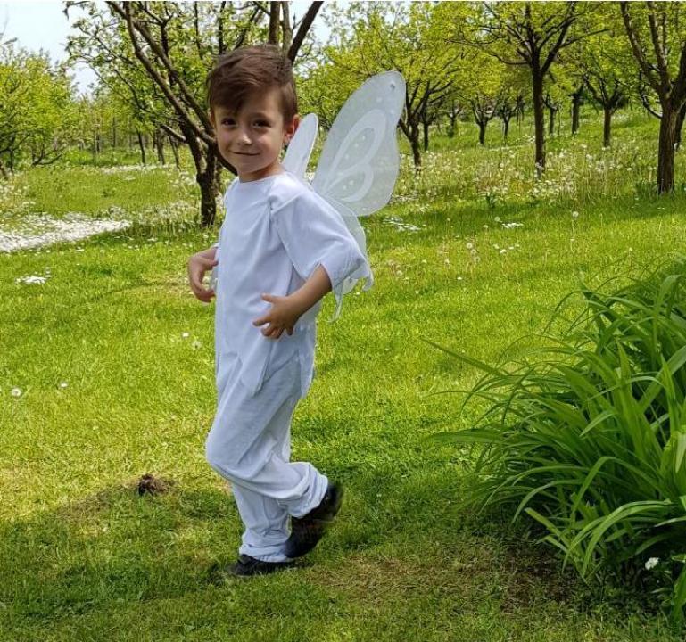 Inchiriere costum fluturas alb baiat 1414