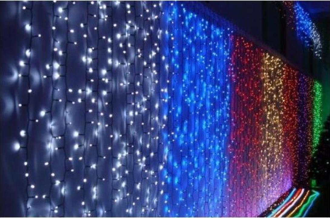 Instalatii de Craciun exterior perdea luminoasa 8x2m 700 led