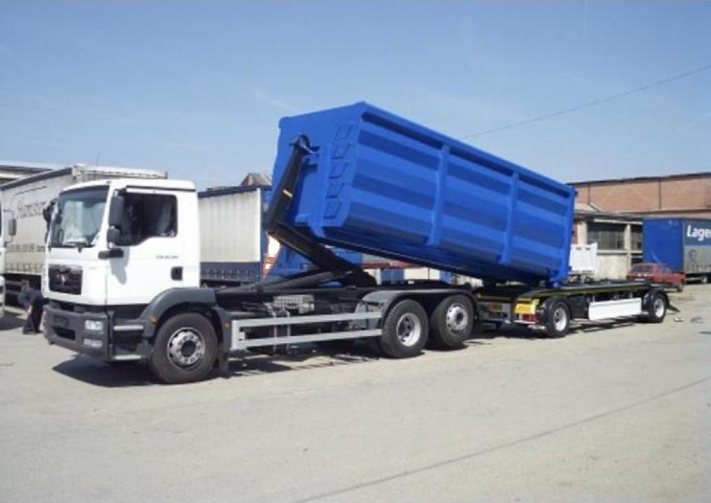 Inchiriere camion Abroll-Kipper si camioane 8x4