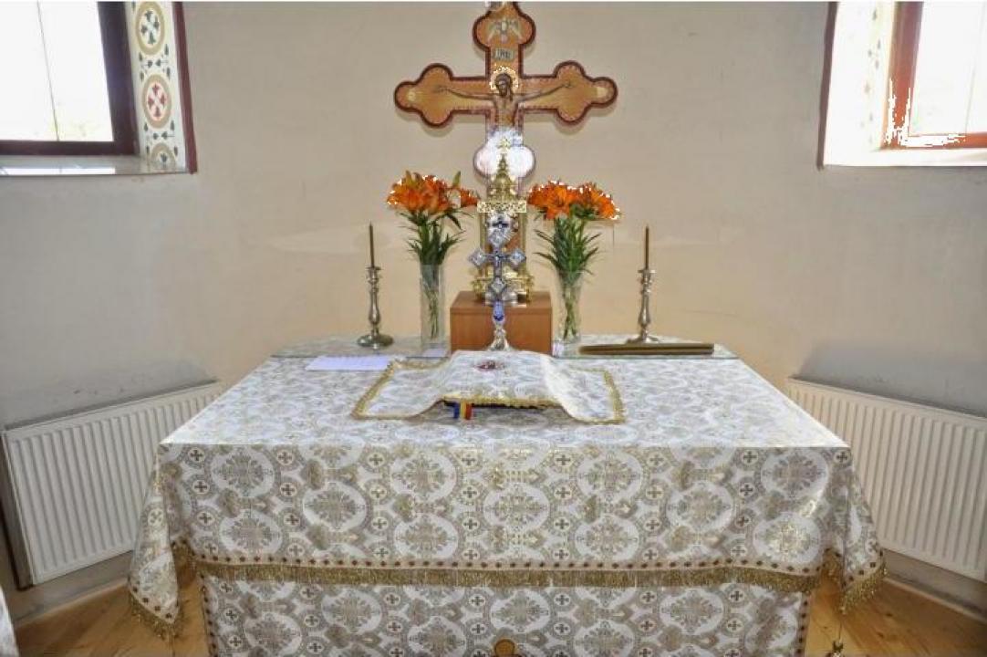 Vesminte biserica
