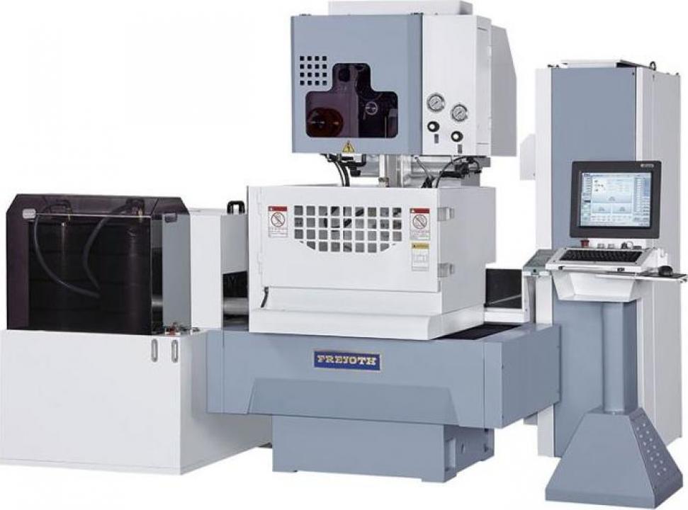 Masina de electroeroziune cu fir si CNC WI-530S