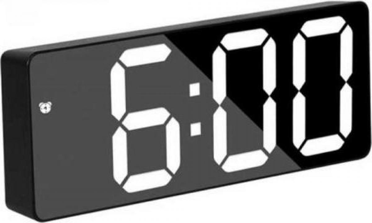 Ceas plastic negru - oglinda la USB, lumina LED GH0712N, alb